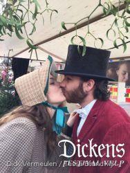 DickensVelp201600019